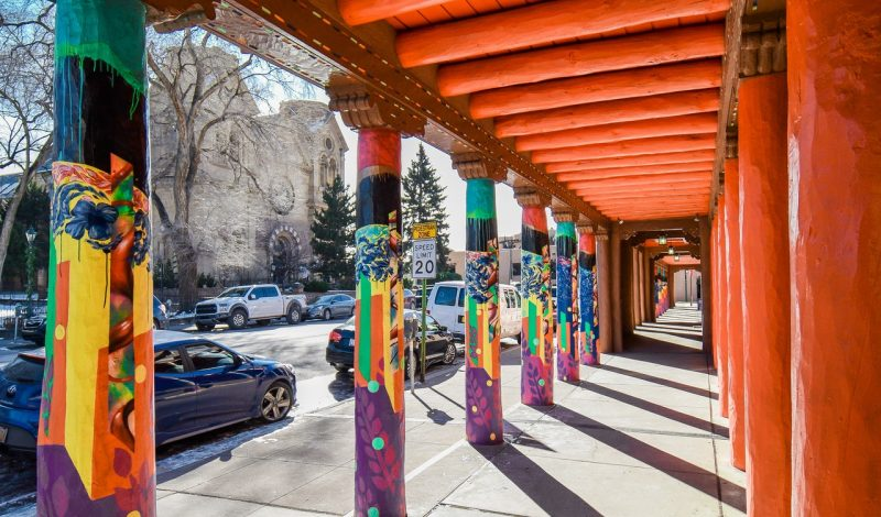 What to Expect: A Limousine Tour of Santa Fe